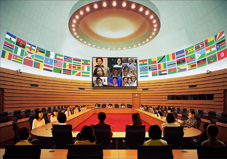 新型コロナウイルス感染症により社会生活に大きな支障が出ている現在、 「Africa子どもサミット2020」は観客を入れない構成で、 テレビ会議システムを使用し、SNSでメッセージを世界に発信します。